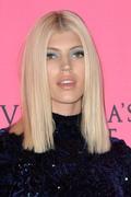Devon Windsor - 2018 Victoria's Secret Viewing Party in NYC 12/2/18
