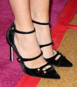 Bella Thorne, piernas para soñar. E01810777743243