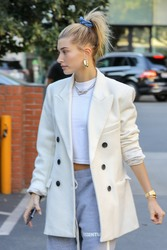 Hailey Baldwin - Out for dinner in Beverly Hills 12/4/18