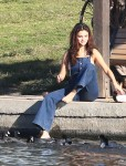 Selena Gomez at Lake Balboa park in Encino 02/02/2018dd058c737640573