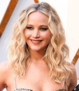 Дженнифер Лоуренс (Jennifer Lawrence) 90th Annual Academy Awards at Hollywood & Highland Center in Hollywood, 04.03.2018 - 85xHQ E21e83880705264