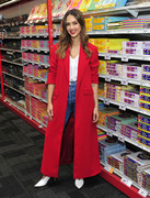 Jessica Alba - Staples for Students sweepstakes event in NYC 10/29/2018 90f86f1016104604
