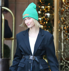 Hailey Baldwin - Out in Beverly Hills 1/4/19