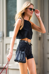 Martha Hunt - Out in NYC 8/6/2018 1b4441939877954