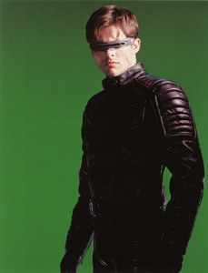 Люди Икс 2 / X-Men 2 (Хью Джекман, Холли Берри, Патрик Стюарт, Иэн МакКеллен, Фамке Янссен, Джеймс Марсден, Ребекка Ромейн, Келли Ху, 2003) 3dd52d1198641574