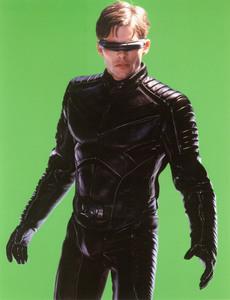 Люди Икс 2 / X-Men 2 (Хью Джекман, Холли Берри, Патрик Стюарт, Иэн МакКеллен, Фамке Янссен, Джеймс Марсден, Ребекка Ромейн, Келли Ху, 2003) 2177e21198642524