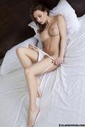 http://thumbs2.imagebam.com/44/b7/eb/8f93ae852738844.jpg