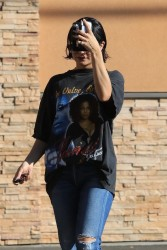 Vanessa Hudgens - Leaving CVS in Studio City 1/5/18