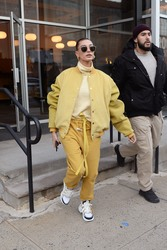 Hailey Baldwin - Out in NYC 12/10/18