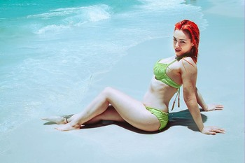 Skye Sweetnam - Thick Booty In Yellow Bikini At Henderson Beach State Park - Destin, Florida - Instagram Pics - May 4, 2018 (6xMQ)
