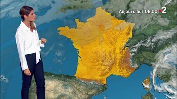 Chloé Nabédian - Août 2018 A4f92c947338774