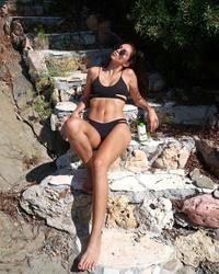 Julie thn (fitgirl)  13f1d11215366214