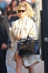 Khloe Kardashian - Arriving at Jimmy Kimmel Live in Hollywood 1/4/18