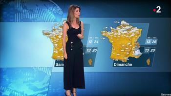 Chloé Nabédian - Août 2018 99fa8b948341324