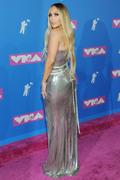 Дженнифер Лопез (Jennifer Lopez) MTV Video Music Awards, 20.08.2018 (95xHQ) Ea9d1a955993924