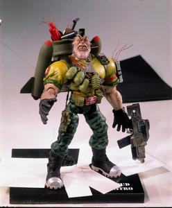 Солдатики / Small soldiers (1998) Кирстен Данст , Томми Ли Джонс (голос) F1df80937750874