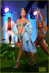 Bella Hadid - Savage X Fenty Lingerie Fashion Show in NYC 9/12/18