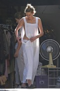 Amber Heard - Cleaning her garage in LA 7/30/2018 d53a9a932678324