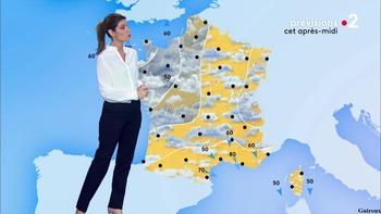 Chloé Nabédian - Novembre 2018 - Page 2 636cf01045864914