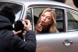 Karlie Kloss - Estee Lauder photoshoot set in New York - 12/12/2018