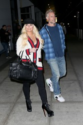 Jessica Simpson - Seen Arriving at JFK Airport In New York (4/22/18)