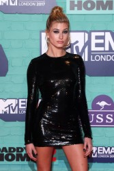 Hailey Baldwin at the 24th Annual MTV Europe Music Awards in London - 11/12/17