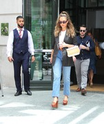 Jessica Alba - Leaving a meeting in NYC 7/24/2018 3e5063931389044