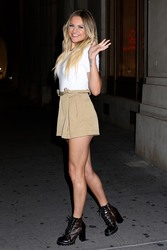 Kelsea Ballerini - Leaving Nobu in NYC 7/11/18