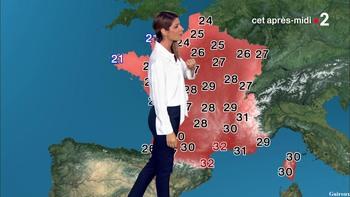 Chloé Nabédian - Août 2018 08c61f947338874
