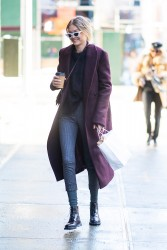 Gigi Hadid - Out in NYC 1/6/18