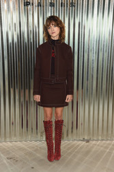 Natalia Dyer - Longchamp Fashion Show in NYC 9/8/18