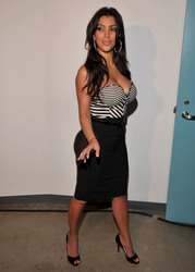 Kim Kardashian - Pussycat Dolls Girlicious Show in LA | April 23, 2008