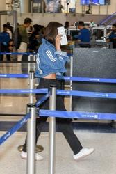 Emily Ratajkowski - At LAX Airport 4/21/18