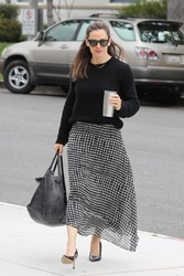 Jennifer Garner - Attending church in Pacific Palisades 4/28/19