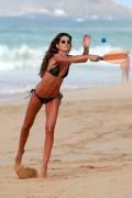 Izabel Goulart - Bikini candids in Fernando de Noronha 12/30/17