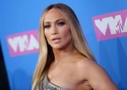 Дженнифер Лопез (Jennifer Lopez) MTV Video Music Awards, 20.08.2018 (95xHQ) Fb95dd955993374