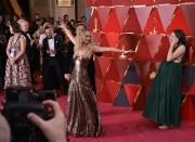 Дженнифер Лоуренс (Jennifer Lawrence) 90th Annual Academy Awards at Hollywood & Highland Center in Hollywood, 04.03.2018 - 85xHQ Be58be880706414