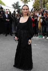Olivia Wilde - Valentino Fashion Show in Paris 9/30/18