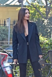 Emily Ratajkowski - Out in LA 1/30/19