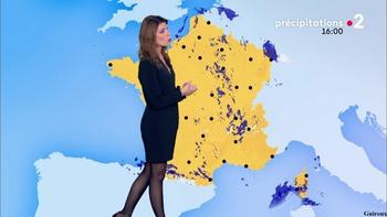 Chloé Nabédian - Novembre 2018 - Page 2 A8db301044856534