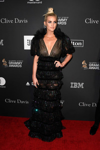 Ashlee Simpson - The Recording Academy And Clive Davis' 2019 Pre-GRAMMY Gala in Beverly Hills 2/9/19