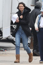 Katie Holmes - On set of an untitled series in Chicago 3/29/18
