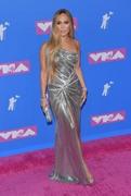 Дженнифер Лопез (Jennifer Lopez) MTV Video Music Awards, 20.08.2018 (95xHQ) 6e1153955997274