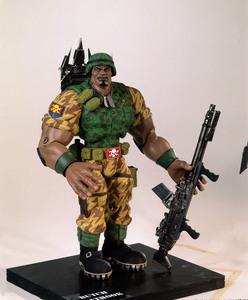 Солдатики / Small soldiers (1998) Кирстен Данст , Томми Ли Джонс (голос) 658a7e937751164