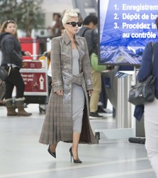 Lady Gaga - arriving at Pearson International airport, Toronto, 9/10/2018