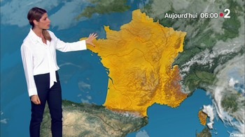 Chloé Nabédian - Août 2018 34ad84947338734