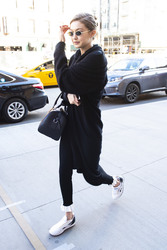 Gigi Hadid - Out in NYC 4/22/18