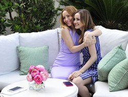 Leslie Mann -                              Jergens Campaign Launch Los Angeles May 1st 2018 With Daughter Maude Apatow.