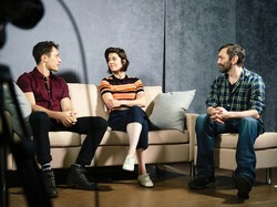 """Mary Elizabeth Winstead - cast of """"Dying City"""" meets the press, 2019"""