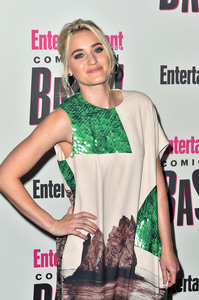 Amanda Michalka - Entertainment Weekly Hosts Its Annual Comic-Con Party 7/21/18